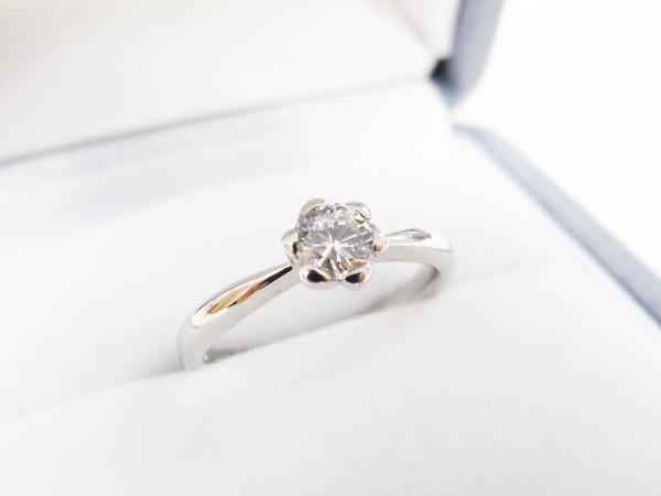 花の形の爪のリング、完成時の写真