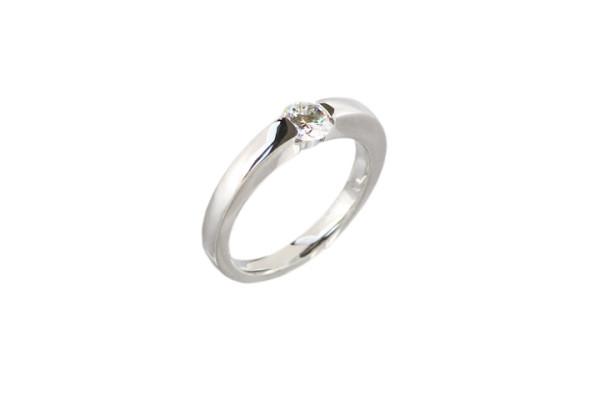 立て爪婚約指輪のリフォーム